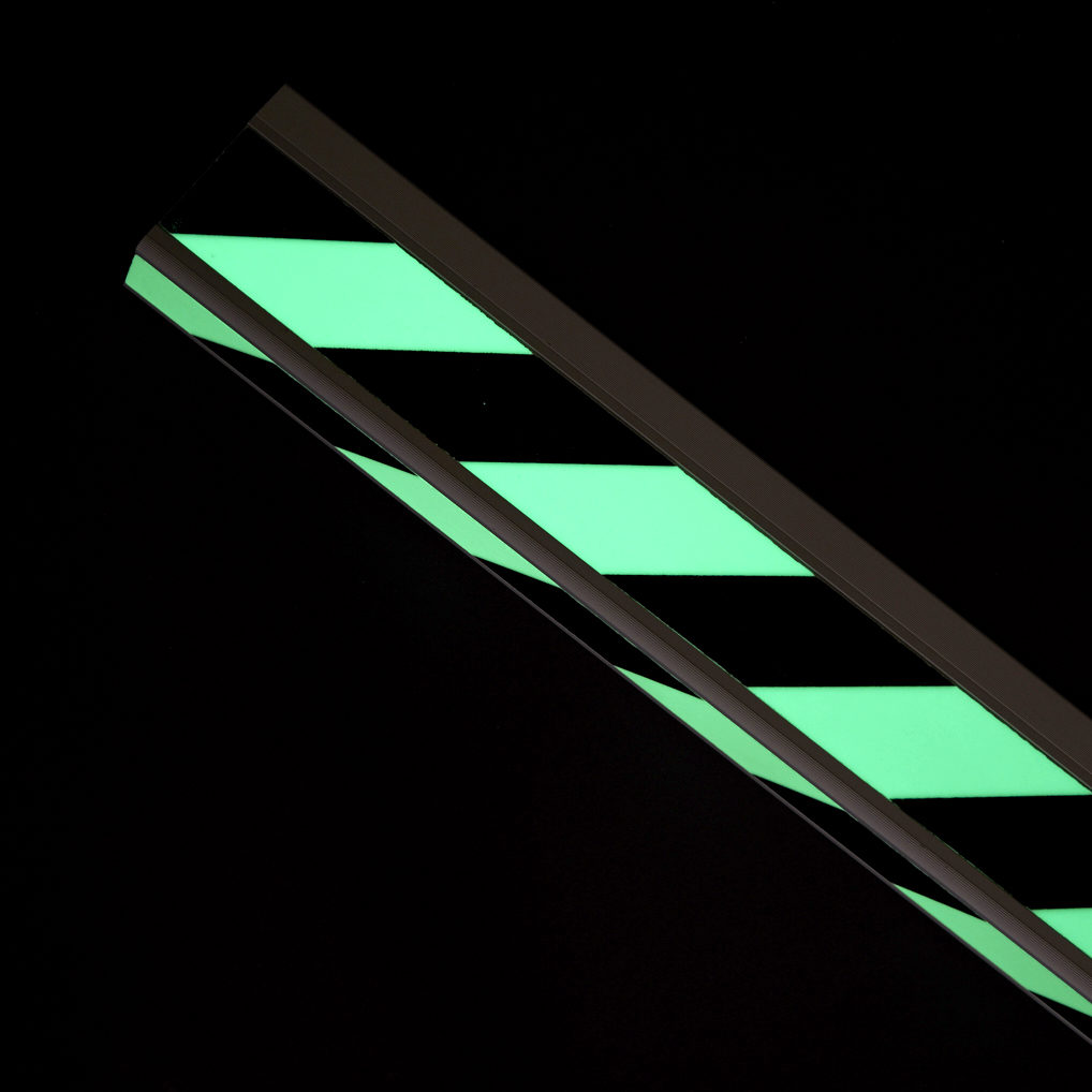 afterglowing stair profile glow in the dark